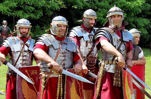 Römerfestival: Tapfere Soldaten einer Kampfeinheit