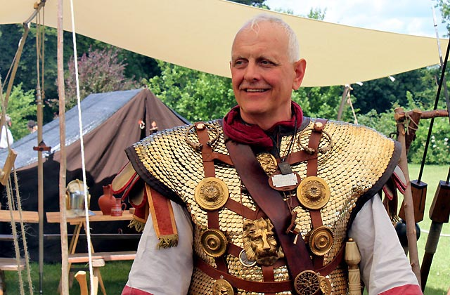 Römerfestival 2017: Prachtvolle Uniform