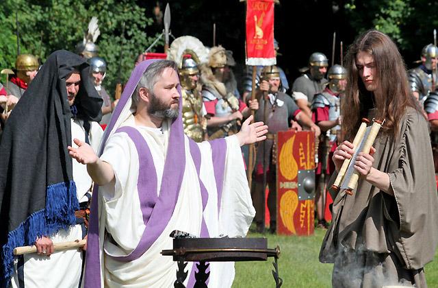 Opferzeremonie für die römischen Soldaten / Römerfestival 2018