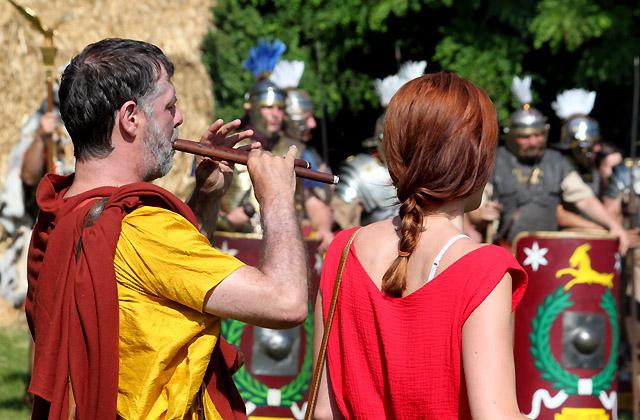 Römerfestival 2018 - Musikus beim Appell der Soldaten