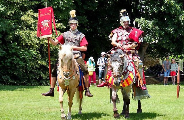 2 Reiter hoch zu Pferde - Römerfestival, Reiter, Militär