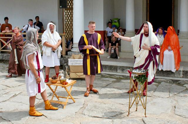 Römische Hochzeitszeremonie - ... die Götter mögen gnädig sein ... Römerfestival 2018