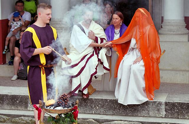 Römische Hochzeit - Opfergaben Ritual - Römerfestival