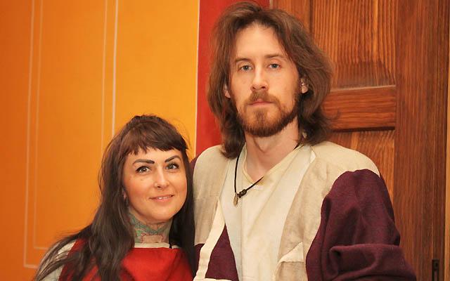Ein römische Paar: Das Glück steht den zwei ins Gesicht geschrieben ...