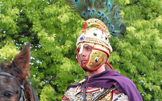 Hoher Besuch in Carnuntum: Kaiser Valentinian I. ist gekommen!