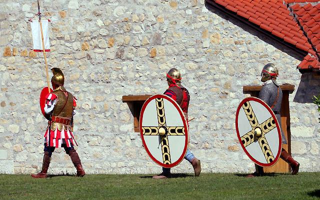 Römische Soldaten auf Kontrollgang
