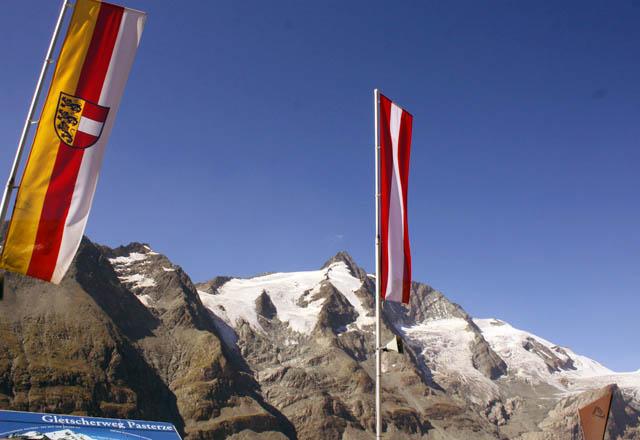 Kaier-Franz-Josefs-Höhe mit Blick auf den Grossglockner