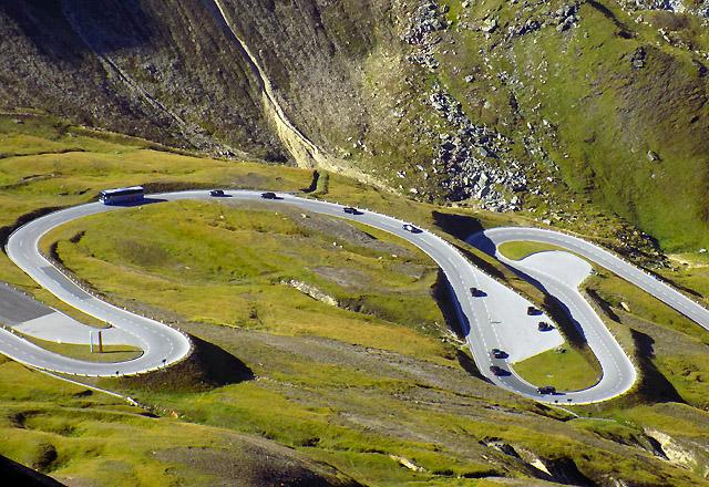 Grossglockner Hochalpenstrasse - Kehren der Panoramastrasse