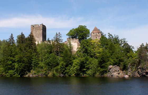 NÖ - Waldviertel: Kamptalstausee mit Ruine