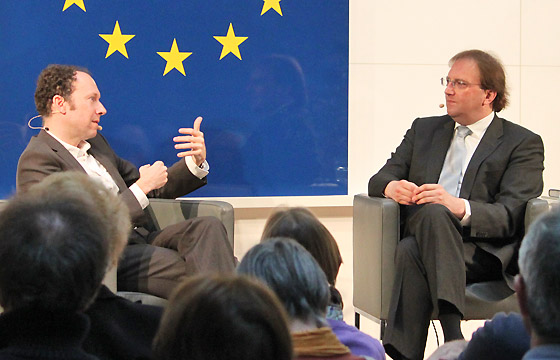 Michael Laczynski & Benedikt Weingartner in Europa : DIALOG