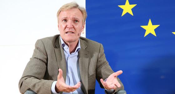 K. A. Schröder bei Benedikt Weingartner in Europa : DIALOG