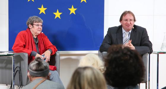 R. Perner - B. Weingartner in Europa : DIALOG