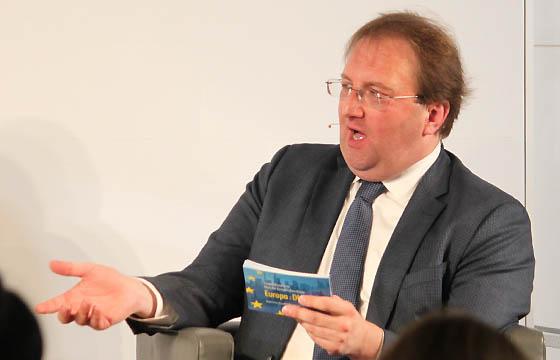 Benedikt Weinagartner in Europa : DIALOG