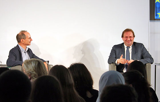 Eric Frey und Benedikt Weingartner in Europa : DIALOG im Haus der EU in Wien