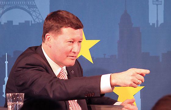 Martin Selmayr - Jurist, EU-Spitzenbeamter in Europa : DIALOG