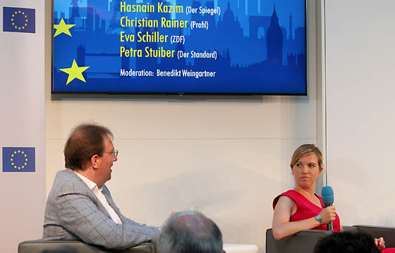 Benedikt Weingartner und Eva Schiller in Europa : DIALOG plus