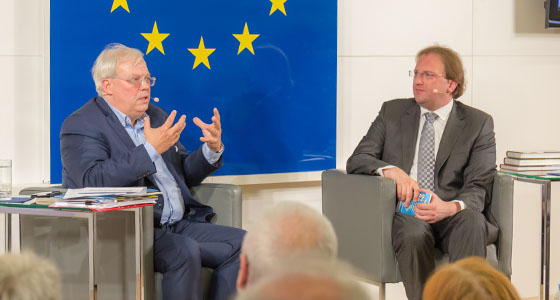 Christian Wehschütz & Benedikt Weingartner in Europa : DIALOG