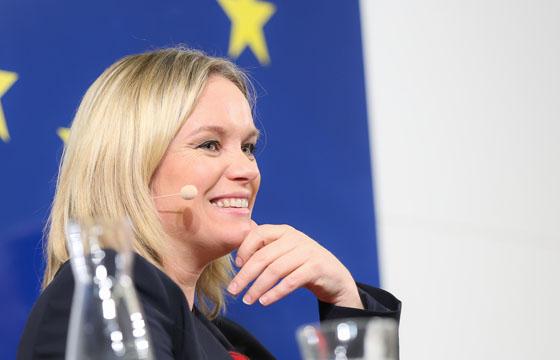 Corinna Milborn über Europa ...