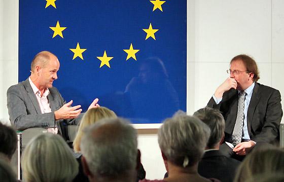 Gerald Mandlbauer & Benedikt Weingartner in Europa : DIALOG