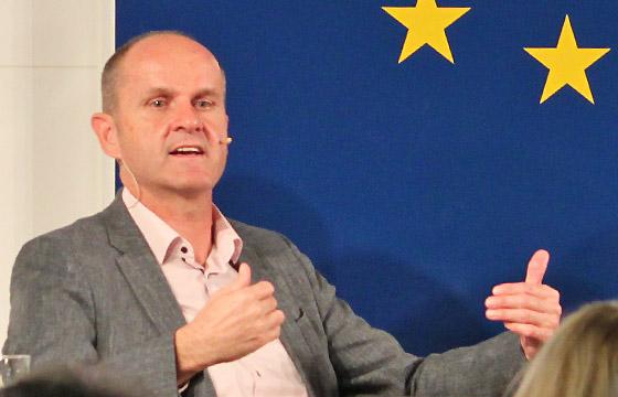 Gerald Mandlbauer, OÖ Nachrichten, bei Europa : DIALOG