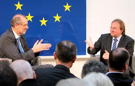 Heinz Faßmann - Benedikt Weingartner in Europa : DIALOG