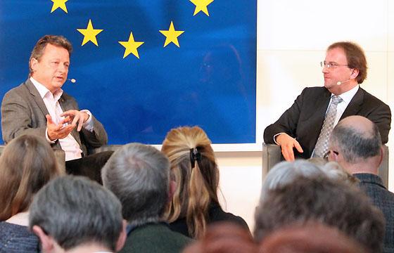 Ernst Gelegs & Benedikt Weingartner in Europa : DIALOG