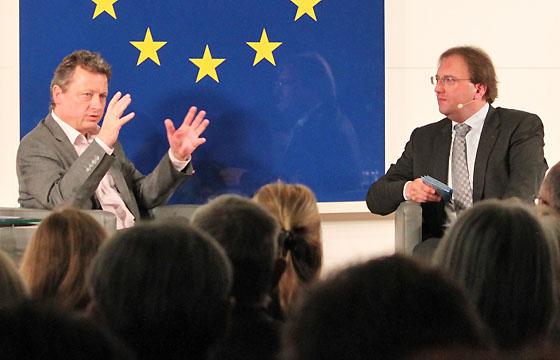 Ernst Gelegs - Benedikt Weingartner in Europa : DIALOG im Haus der EU