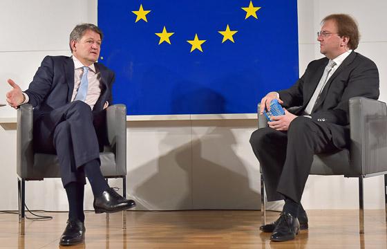 Helmut Brandstätter & Benedikt Weingartner in Europa : DIALOG