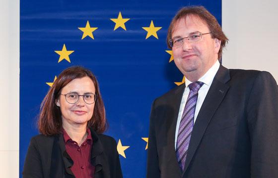 Esther Mitterstieler und Benedikt Weingartn im Haus der EU, Wien