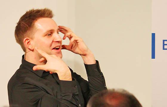 Max Schrems, Datenschutzaktivist und Albtraum von Facebook - Zuckerberg