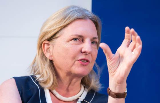 Karin Kneissl im Haus der EU