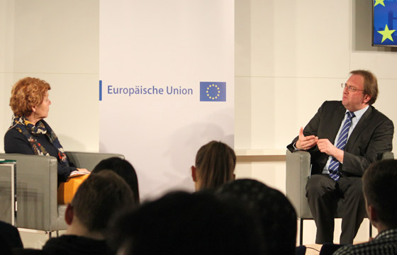 Margaretha Maleh und Benedikt Weingartner in Europa : DIALOG