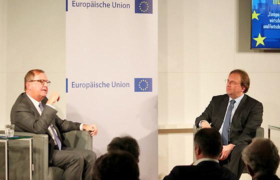 Europa : DIALOG Hans Peter Siebenhaar und Benedikt Weingartner