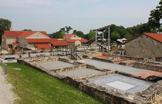 Carnuntum im Überblick: Römische Therme mit Villa Urbana