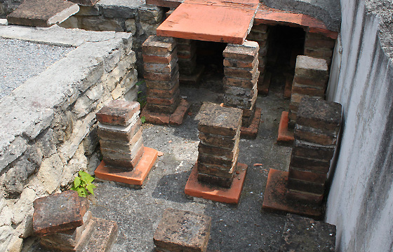 Carnuntum - Fussbodenheizung in der Römersiedlung
