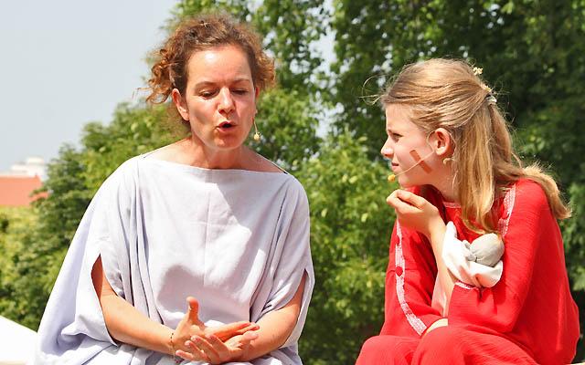 """Szene aus """"Die Frauen aus Carnuntum"""""""
