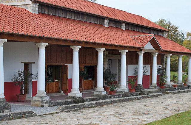 Säulengang - Römische Architektur - Carnuntum