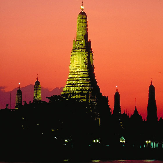 Bangkok: Wat Arun - Tempel der Morgenröte