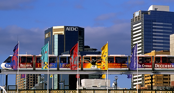 Sydney: Skyline / Darling Harbor