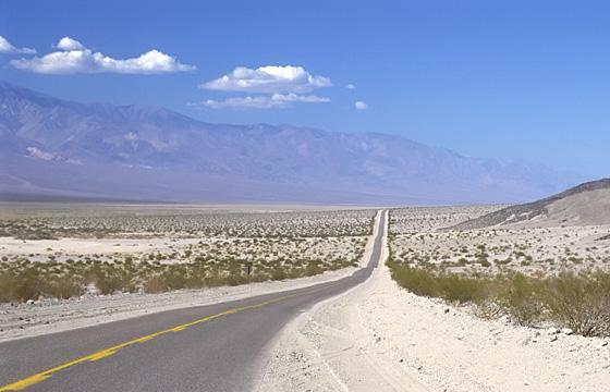 USA: Südwesten - Death Valley - Rolling Hills