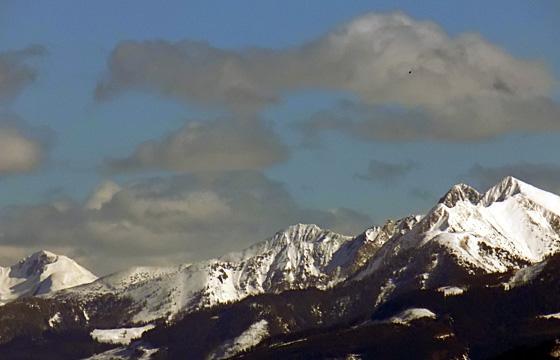 Dunkle Wolken über dem Pinzgau