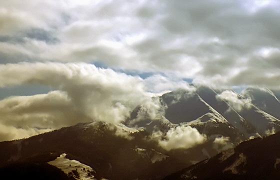Wolkendecke zieht über das Pinzgau