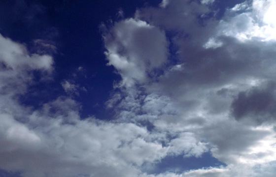 Luftige weich, fluffig: Wolken wie Watte .... als Wetterboten