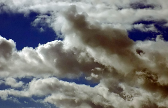 Dicke Wolken am Himmel - Wolkenformation