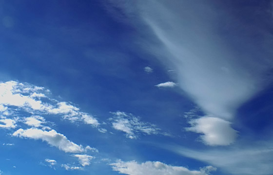 Malerische Wolkenformation am Himmel