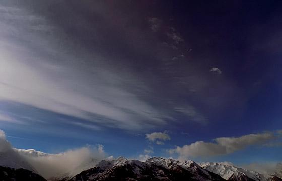 Wolkenformation über dem Alpenhauptkamm